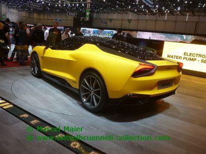 Magna Steyr Mila Plus Concept 2015